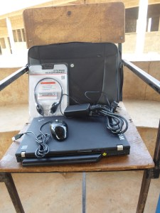 Laptop, headset, mouse and bag